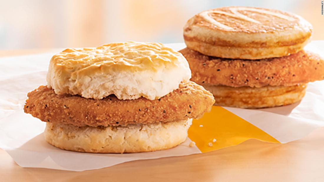 Mcdonald's adalah menambahkan dua sandwich baru untuk menu sarapan