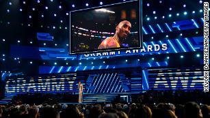 Alicia Keys sings tribute to Kobe Bryant