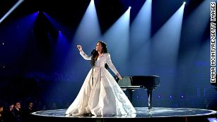 Demi Lovato debuts 'Anyone' in teary Grammy performance