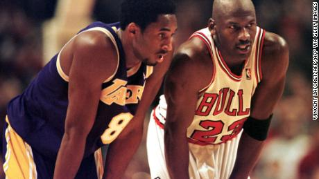Bryant (L) modeled his basketball game after Michael Jordan, who he turned to for advice as a budding star and as a veteran facing retirement.