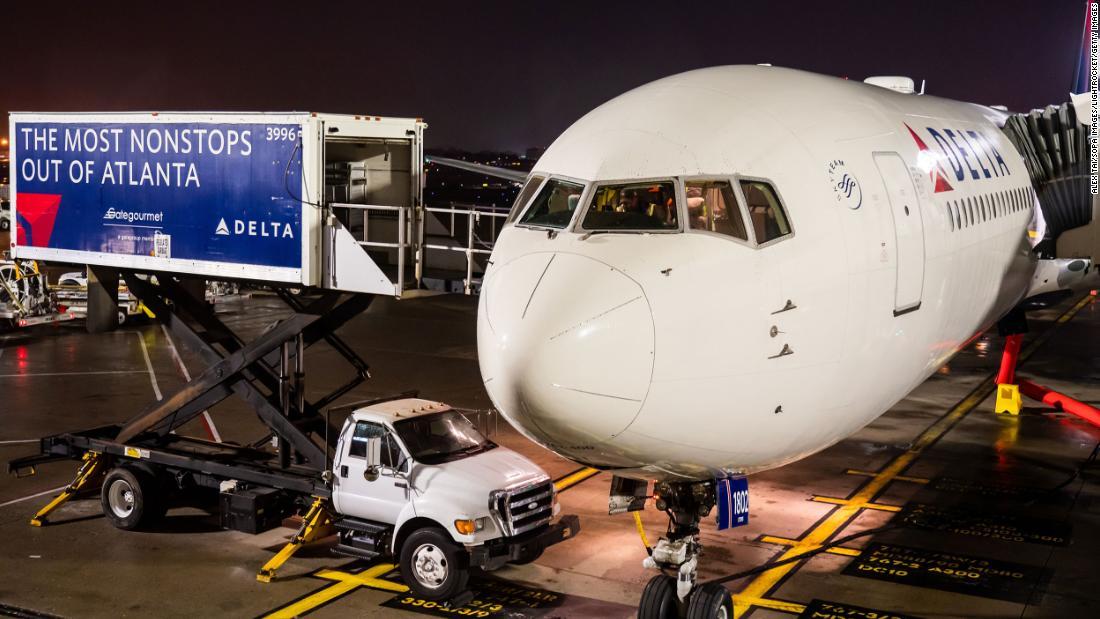 Delta employee shot to death at Atlanta-Hartsfield Jackson Airport parking lot