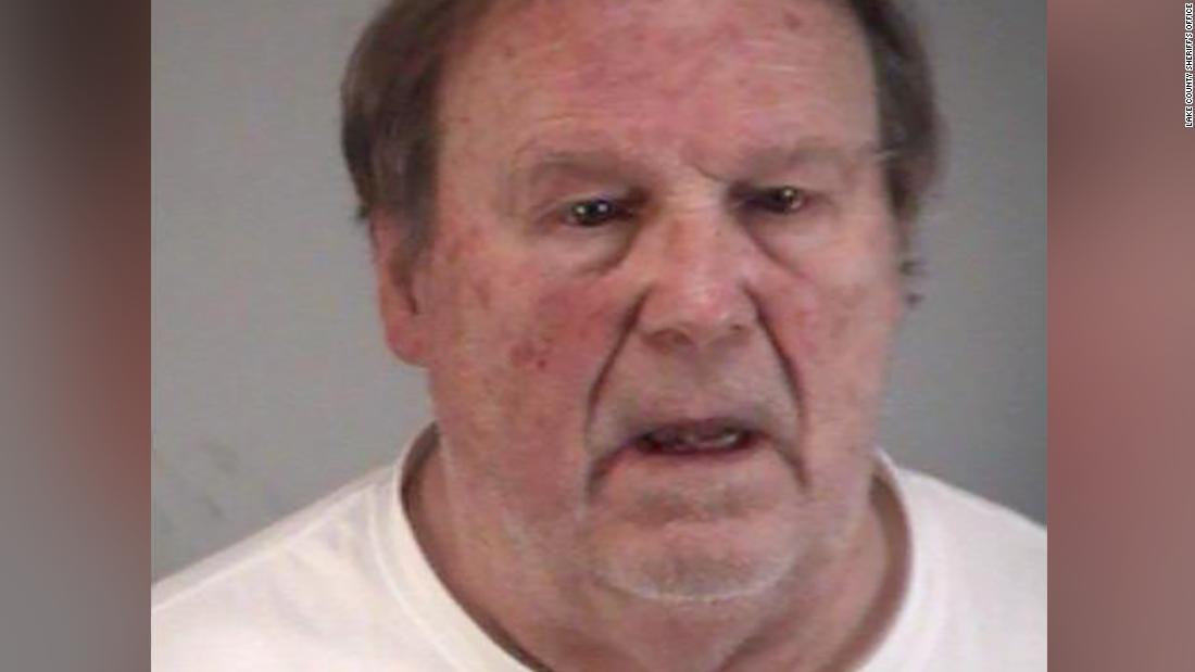 Sandy Hook denier χρεώνονται με παράνομα την ΤΑΥΤΌΤΗΤΑ του θύματος, ο μπαμπάς
