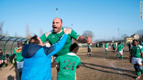 Tre Rose players celebrate after  the decisive score in a 26-25 victory against Chieri
