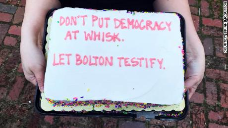 Super Impeachment Cakes Bakers Urging Senators To Let John Bolton Personalised Birthday Cards Veneteletsinfo