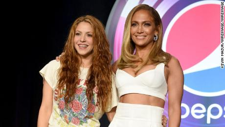 Jennifer Lopez And Shakira Will Honor Kobe Bryant In Super Bowl Halftime Show Cnn