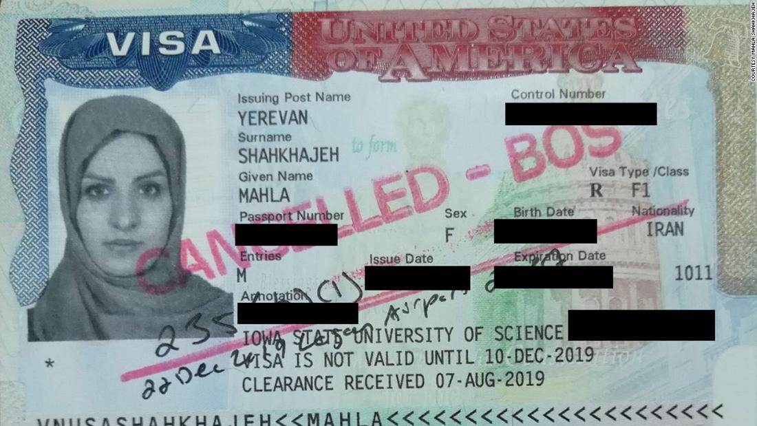 Έφυγαν από το Ιράν με έγκυρη βίζα. Ώρες μετά την προσγείωση στις ΗΠΑ, αναγκάστηκαν πίσω