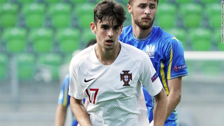 Франсиско Тринкао во время полуфинала чемпионата Европы 2018 года среди юношей до 19 лет против Украины.