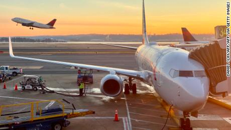 Airlines and labor allied for government aid push