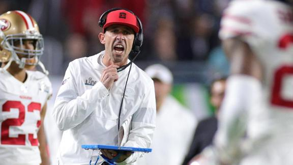 San Francisco head coach Kyle Shanahan instructs his players during the game.