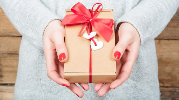 Amazon Valentine S Day Gifts Shop 5 Star Products That Your Partner Will Love Cnn Underscored