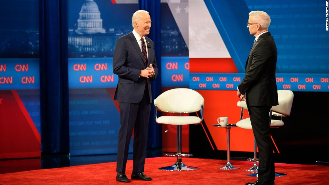 5 takeaways από το CNN είναι το New Hampshire δημαρχεία