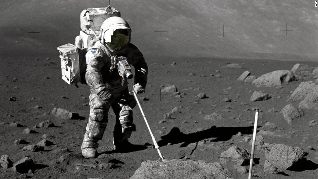 Ένα κόκκο σκόνης φεγγάρι έχει πολλά να πει σχετικά με το σύμπαν