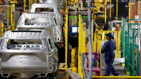 GM, Ford and other automakers to halt production in the US