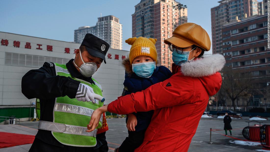 China vorsichtig zurück an die Arbeit