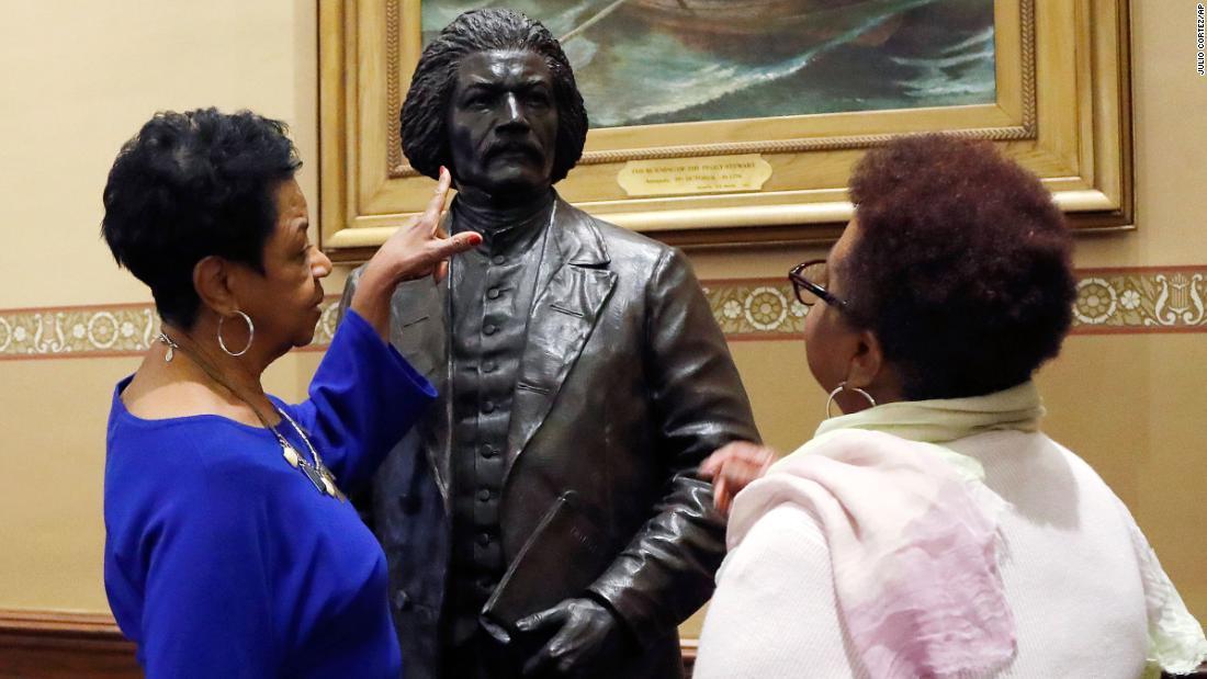 Es gibt jetzt Statuen von Frederick Douglass und Harriet Tubman innen, Maryland, capitol