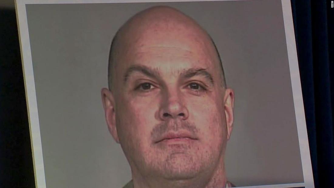 Vater von Sarah Lawrence College-student Angeklagten zu erpressen und zu missbrauchen Studenten
