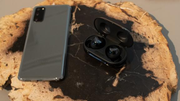 Galaxy Buds Samsung S Latest True Wireless Earbuds Are Out For 149 99