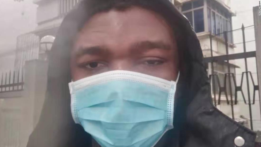 Die Studenten 'aufgegeben' in Wuhan
