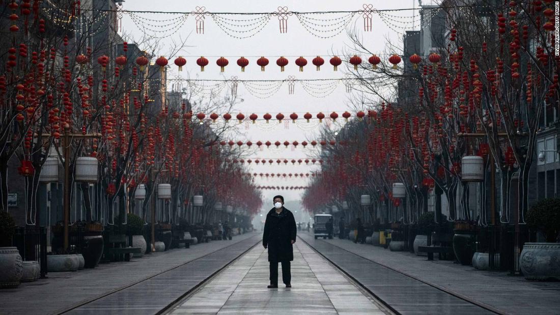 Virus telah menginfeksi lebih dari 60.000 orang secara global. Hanya dua kematian telah terjadi di luar Cina.