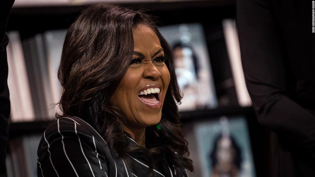カリフォルニアの小学校に名称変更のためのミシェル-オバマ米大統領