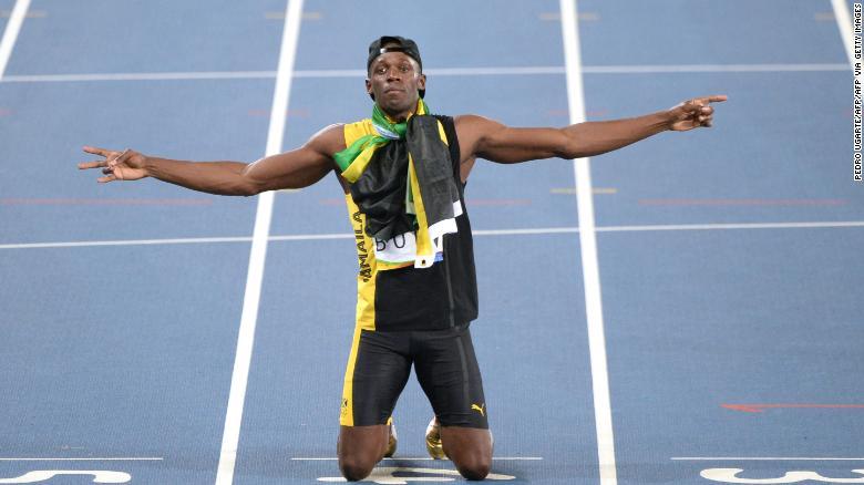 Usain Bolt เฉลิมฉลองชัยชนะทองคำในการถ่ายทอด 4x100m ที่การแข่งขันกีฬาโอลิมปิกริโอ