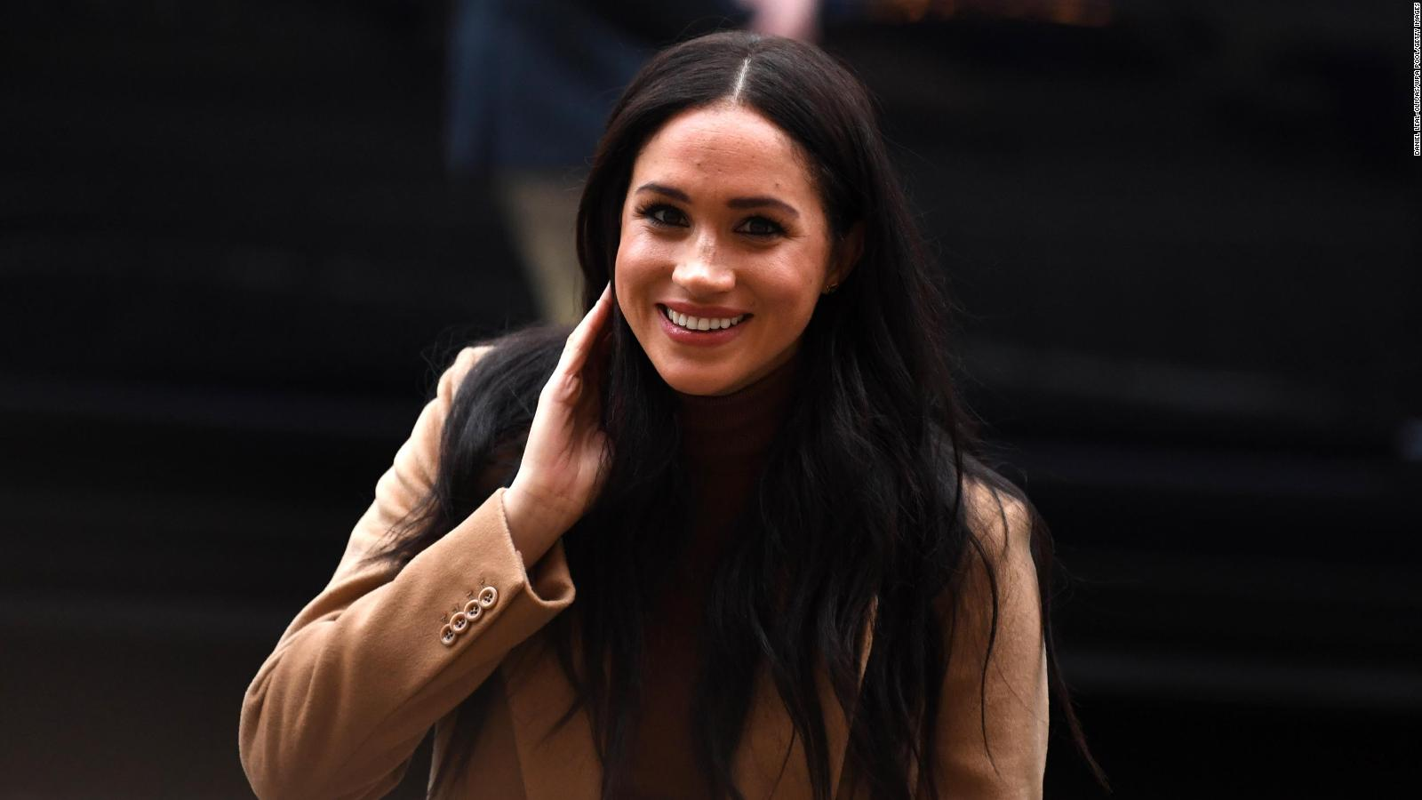 meghan tries to stop her friends from being named in media lawsuit cnn meghan duchess of sussex loses first battle in tabloid lawsuit