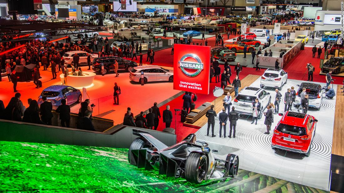It's not just germs. Auto shows must figure out how to stay relevant