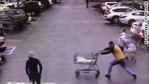 Good Samaritan In Georgia Thwarts Home Depot Shoplifting Suspect With Shopping Cart Cnn