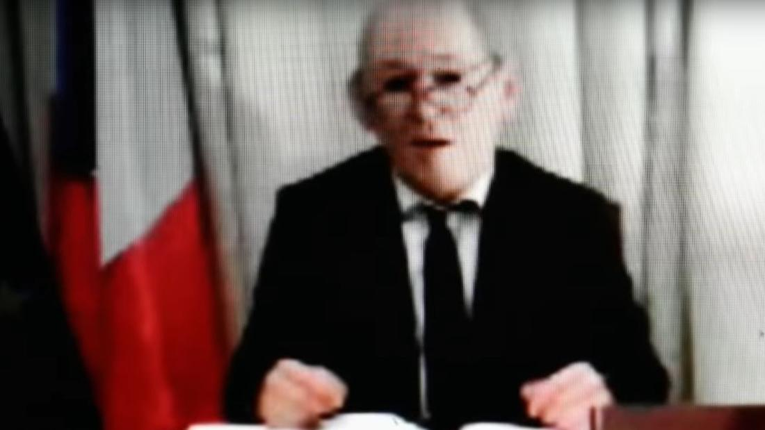 Penipu menggunakan silicon masker dari perancis kabinet menteri untuk mencuri jutaan