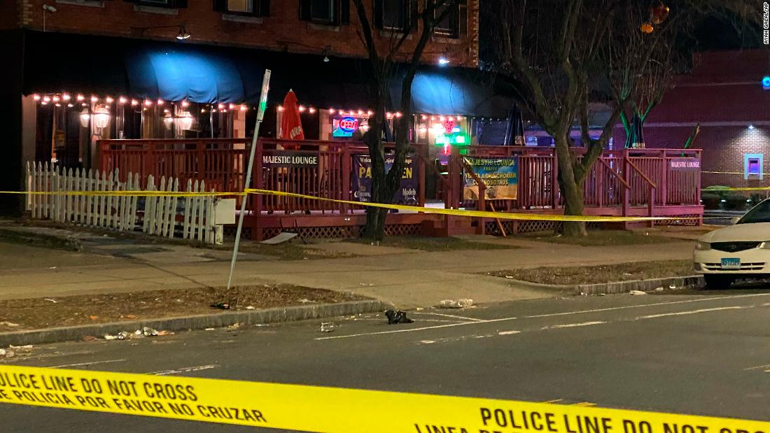 1 person is killed, 4 others hurt in Connecticut nightclub shooting