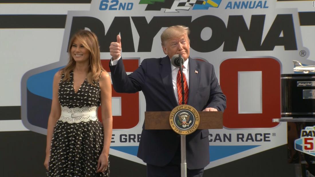 Trump takes lap around track to open Daytona 500