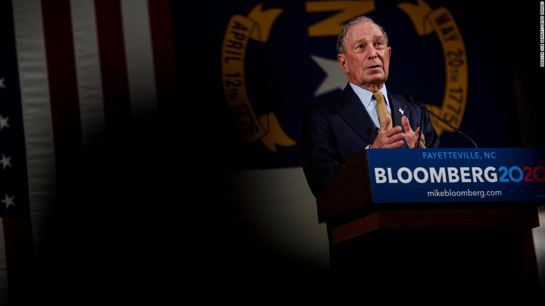 Vorwürfe von frauenfeindlichen und sexistischen Kommentare Webstuhl über Bloomberg die erste Debatte