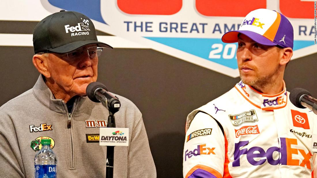 Denny Hamlin und Joe Gibbs entschuldigen für Feiern Sieg in Folge von Ryan Newman crash