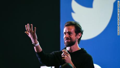 اولین توئیت از نوع خود به قیمت NFT به قیمت 2.9 میلیون دلار فروخته شد