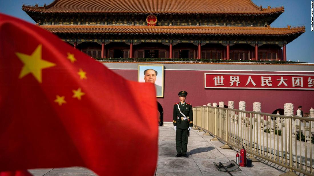 Πεκίνο απελαύνει τρεις Wall Street Journal δημοσιογράφων