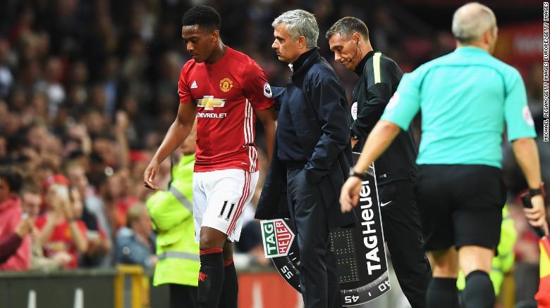 Mourinho substiutes Martial against Southampton.