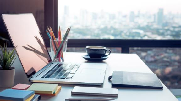 Desk Organization Ideas Experts Recommend Their Favorite Products Cnn Underscored