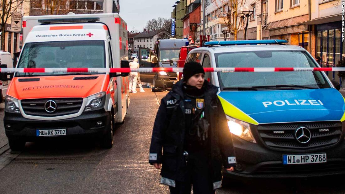 Angela Merkel auf Deutschland Schießen, die getötet 9: 'Rassismus ist Gift