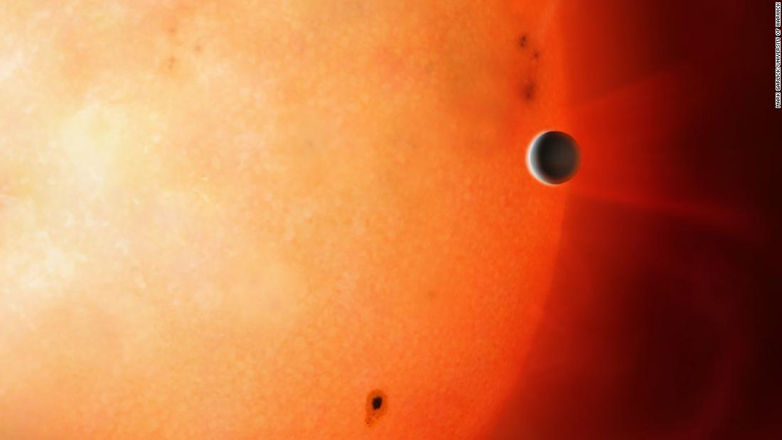 This artist's impression shows a Neptune-sized planet in the Neptunian Desert. It is extremely rare to find an object of this size and density so close to its star.