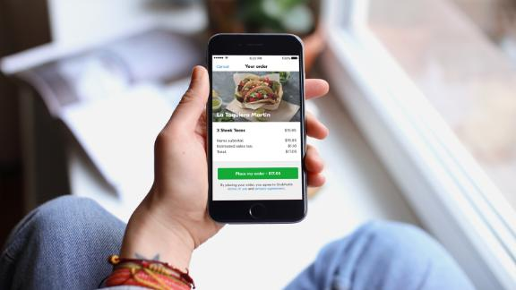 Get up to $10 in credits each month for purchases at Grubhub and other select dining establishments.