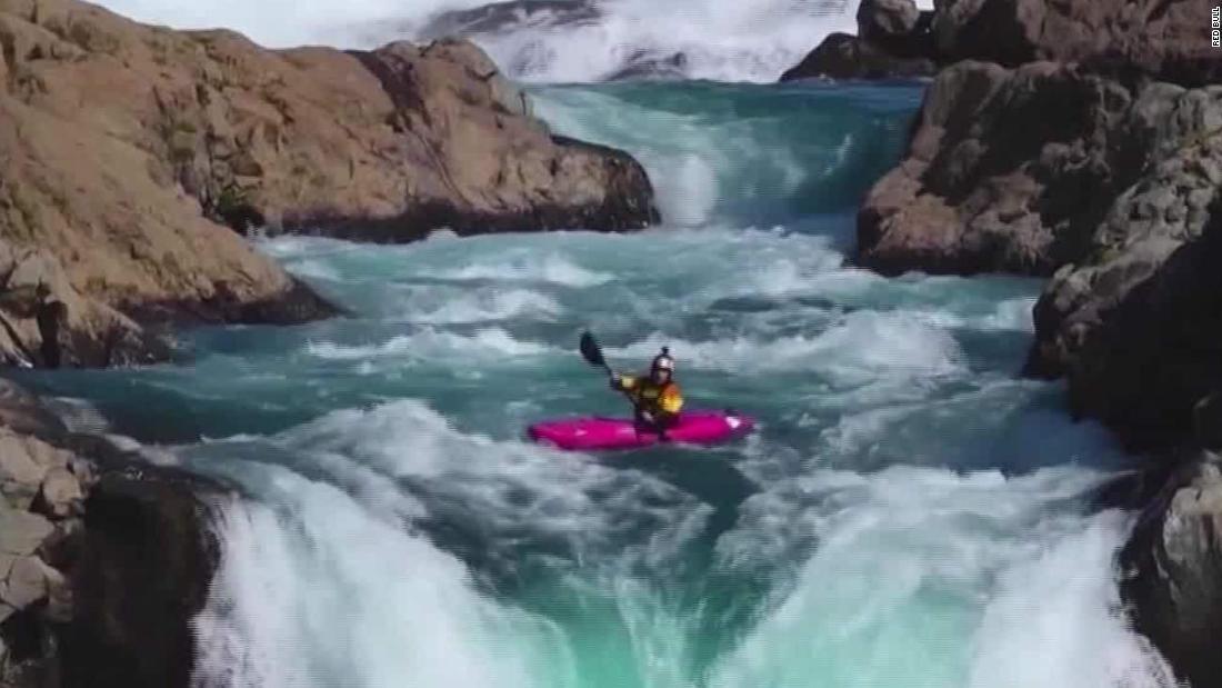 Sehen kayaker ' s death-defying 134-Fuß-Sprung