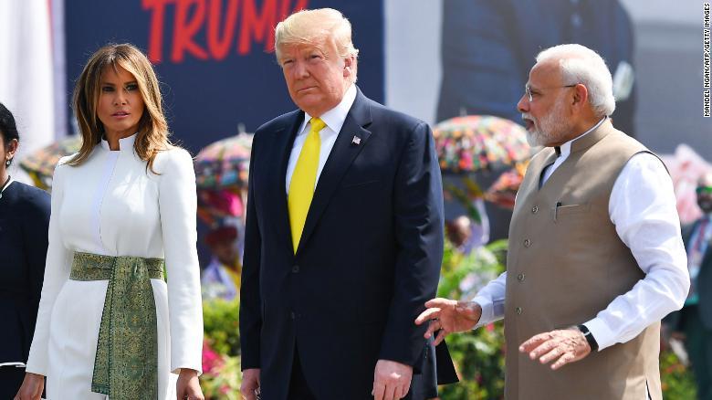 trump india ile ilgili görsel sonucu