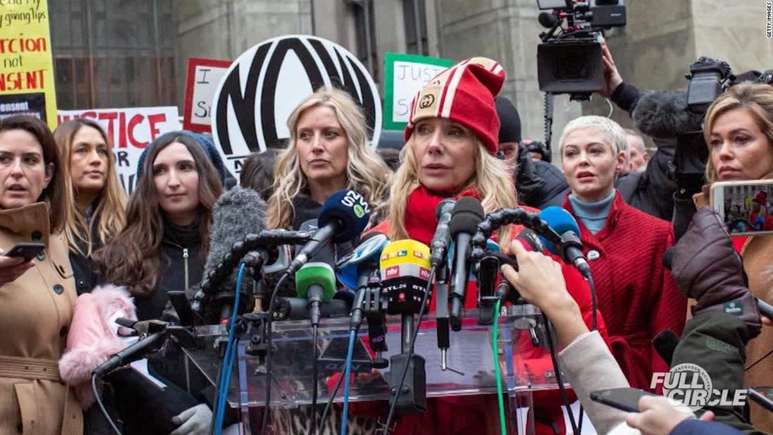 Mendengar Weinstein penuduh pesan untuk dihukum mogul