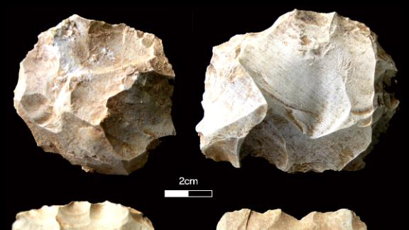 These stone tools were found at the Dhaba site in India, showing that Homo sapiens survived a massive volcanic eruption 74,000 years ago.