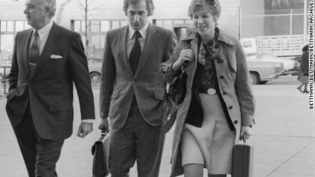 Special Watergate Prosecutor Leon Jaworski and members of his staff arrive at U.S. District Court where a report by technical experts on an 18-minute gap in one of President Nixon's Watergate tape recordings was to be submitted to Judge John Sirica. Left to right : Richard Ben-Veniste, Leon Jaworski, Carl Feldbaum and Jill Volner.