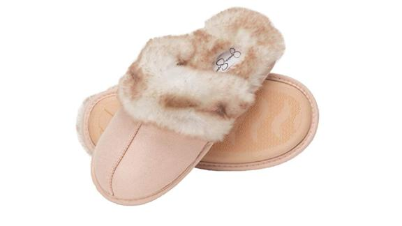 Jessica Simpson Comfy Faux Fur Slippers