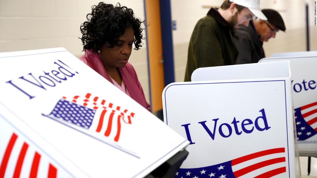 Οι υποψήφιοι αυτοί μελετούν την πορεία τους προς τα εμπρός