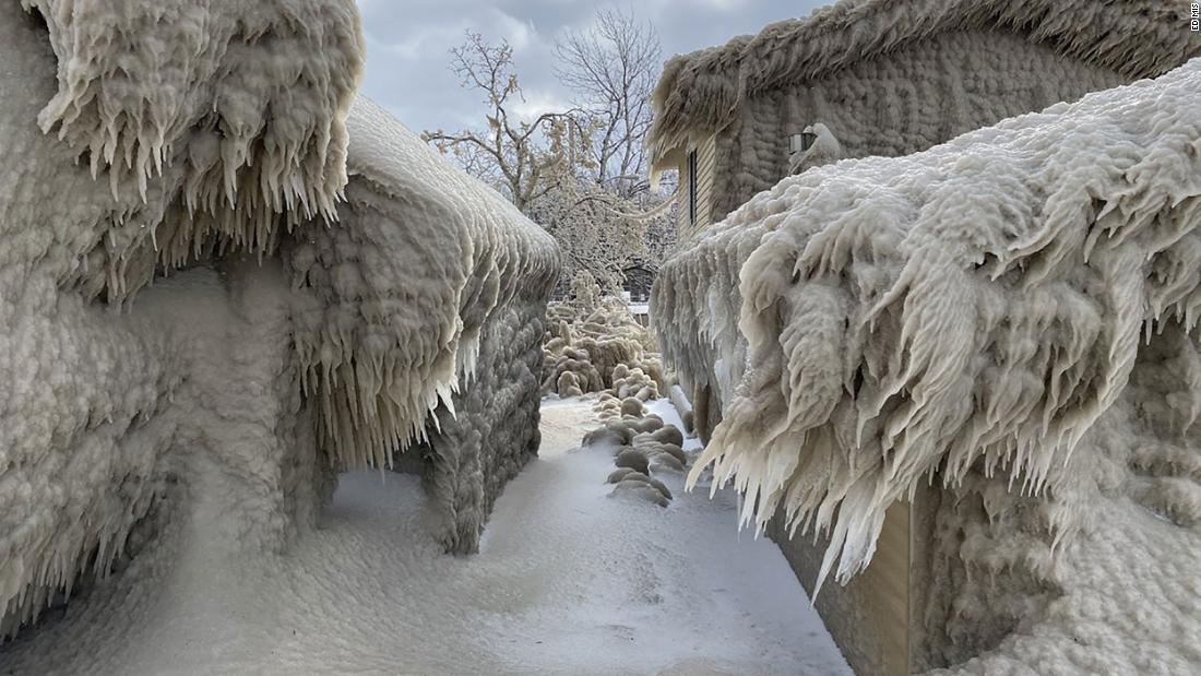 Extreme winds create epic ice phenomenon