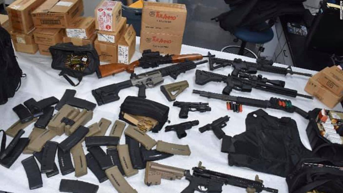 UPS υπάλληλος συνελήφθη αφού φέρεται να απειλεί ένα πυροβολισμό μάζα