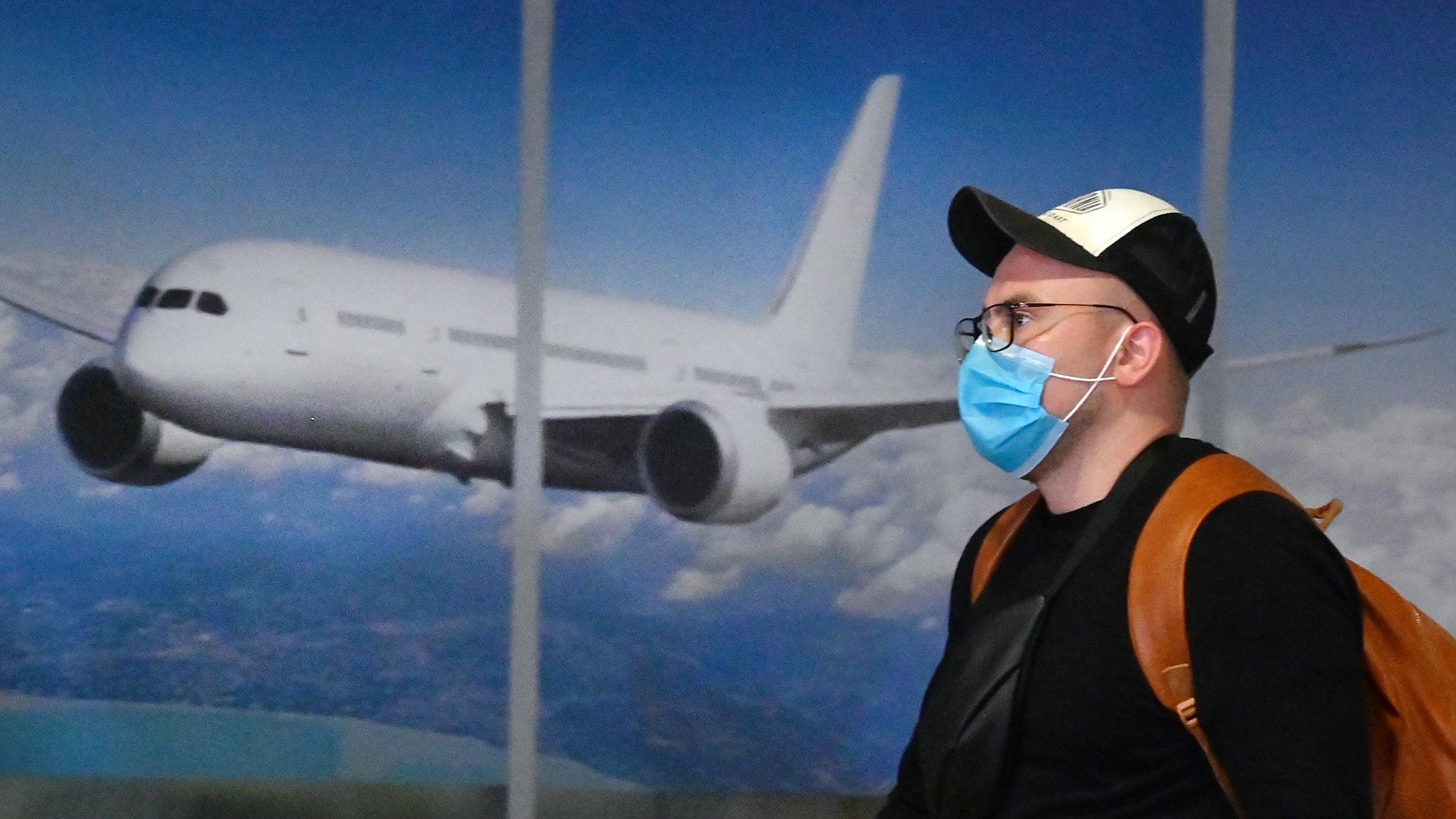 200303124007 coronavirus travel airplane